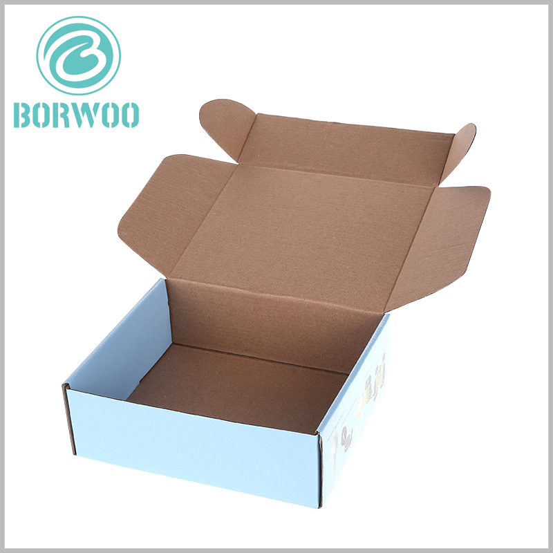 Corrugated paper packaging boxes wholesale. The corrugated packaging can be completely flat, and it is easy to assemble the packaging when needed.