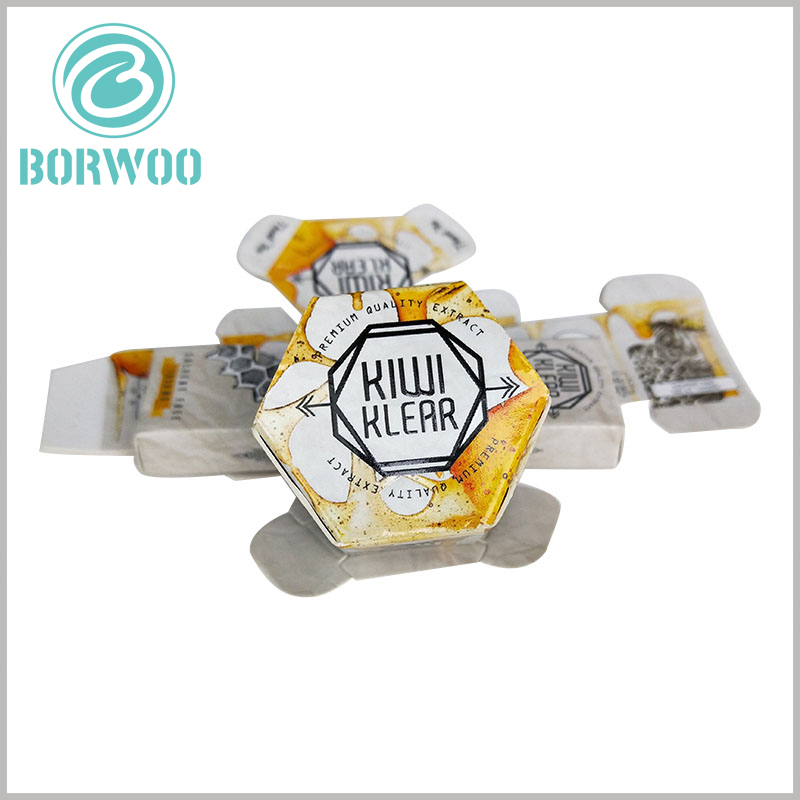 Creative hexagonal boxes for food packaging. The brand name and promotional slogan are printed with emboss, and the customized packaging has a letterpress visual sense.