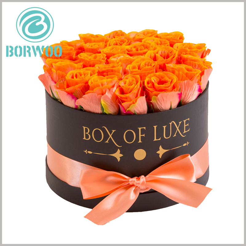 Large round gift boxes packaging for flower. The rigid cardboard tube packaging is sturdy and durable, and can play an excellent protective effect on flowers.
