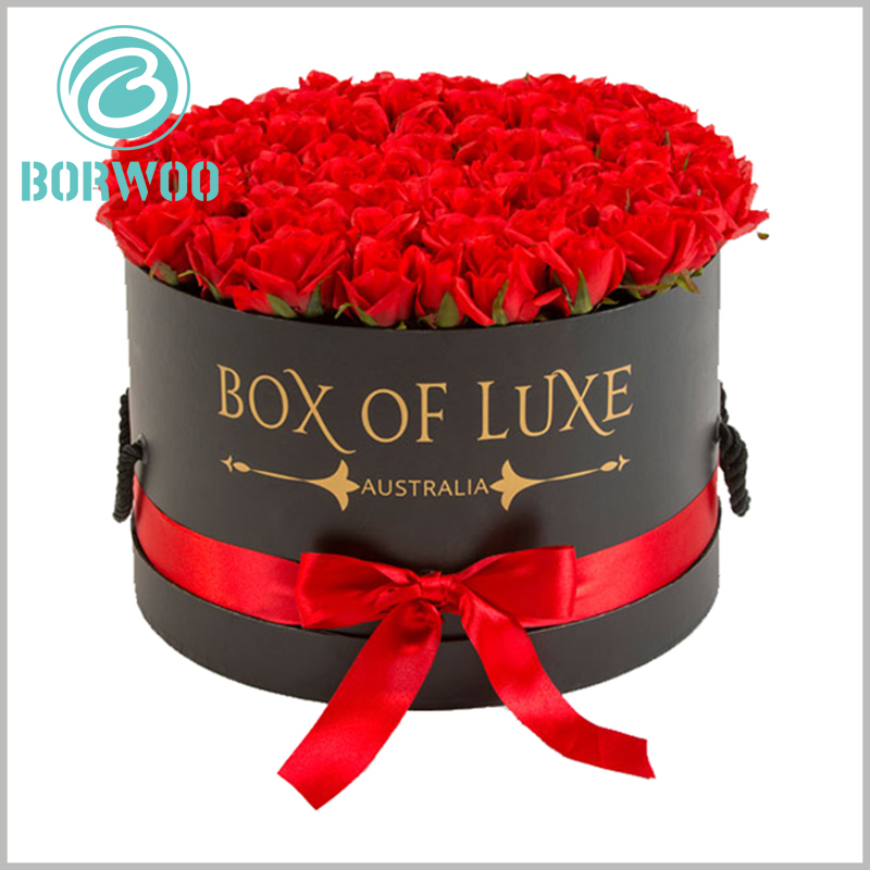 Large round gift boxes with lids for flower packaging. Customized gift boxes are of great importance to flowers, improving customers' judgment on product value.