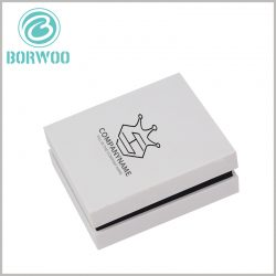 Small-white-cardboard-boxes-packaging