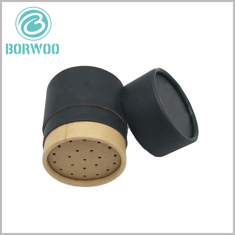 black cardboard tube for seasoning packaging. There is a kraft paper screen inside the paper tube to facilitate the use of the product.