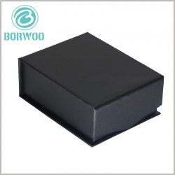 black-small-square-gift-boxes-for-necklaces