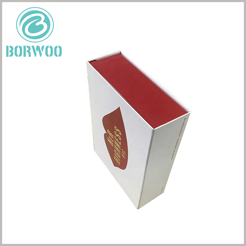 creative lipstick gift boxes packaging. Hard cardboard gift boxes are squeezed by the outside world, and will not be easily deformed and damaged, and the integrity and aesthetics of the packaging can be maintained