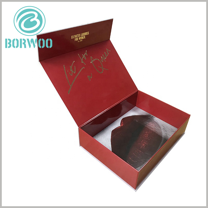 """creative lipstick gift boxes packaging wholesale. The inner bottom of the customized cosmetic boxes has """"attractive"""" lip prints, which impress the customers' products and brands deeply."""