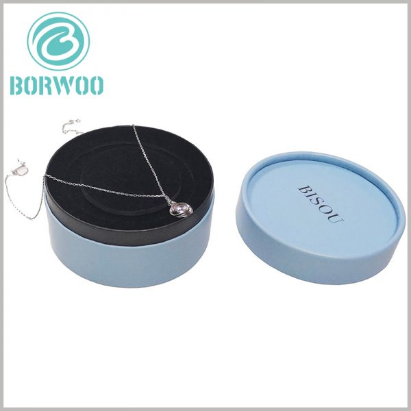 custom jewelry gift boxes for necklaces. There is a black flocking insert inside the paper tube package to fix and protect the jewelry product.