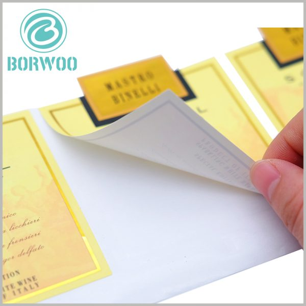 custom printed paper label wholesale.One side of the custom printed label has high adhesiveness, and the label can be pasted on the surface of the product.