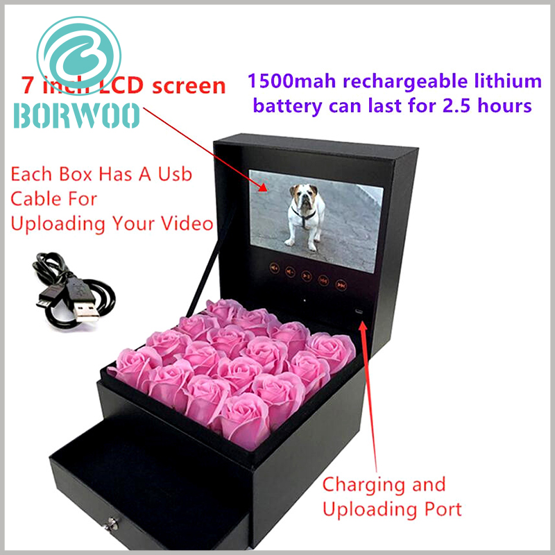 flower packaging boxes with video screens. The video screen of the flower gift boxes can be recharged, and the screen can continue to play for 2.5 hours with one charge.