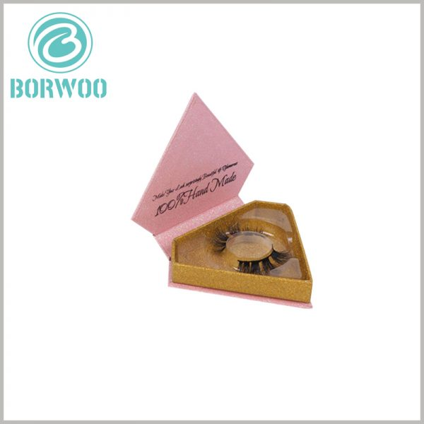 glitter diamond shape eyelash packaging wholesale. The interior and bottom of the cardboard Lash boxes use shiny gold cardboard as laminated paper, which is visually luxurious inside.