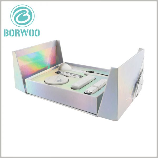luxury cosmetic gift boxes wholesale. The packaging of customized cosmetic boxes is opened with double opening, which is helpful for users to open the packaging experience.
