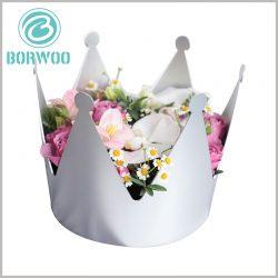 paper-crown-packaging-for-flowers