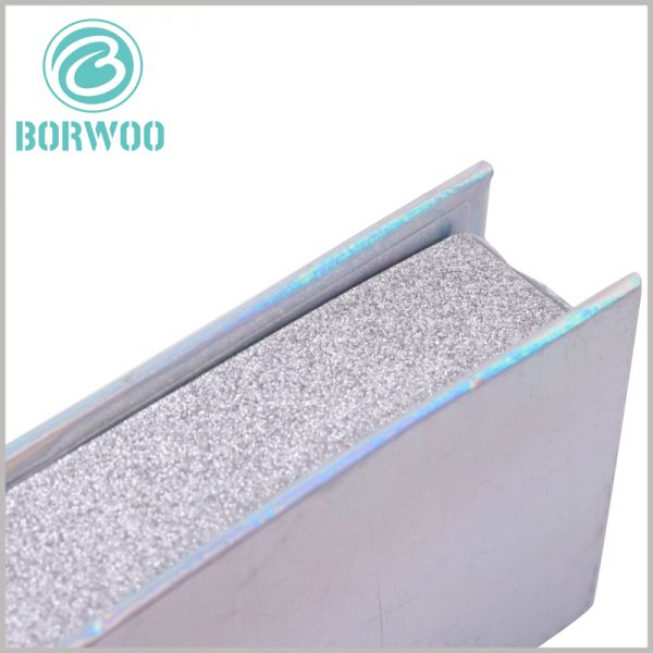 silver glitter eyelash box packaging wholesale. As one of the main raw materials for false eyelash packaging, silver powder paper adds to the visual sense of the packaging.