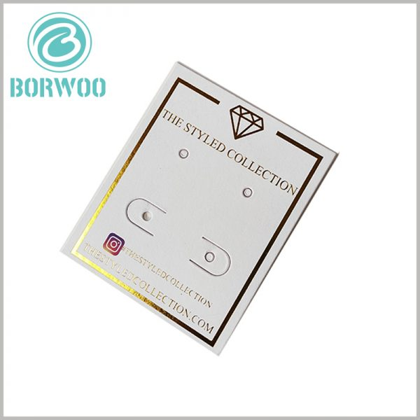 white jewelry hang tags wholesale. Paper hangle tags can be completely biodegradable, compostable, 100% recyclable, and will not harm the environment.