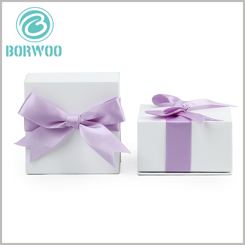 white square cardboard boxes with bows wholesale. There are many styles of decorative bows, you can choose different colors, widths and lengths.