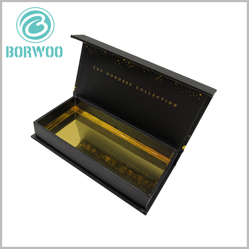 wholesale luxury black gift boxes for eyelash. The interior of luxury eyelash packaging boxes has shiny gold cardboard placed at the bottom, which improves the visual effect inside the packaging and makes the false eyelash products more high-end.